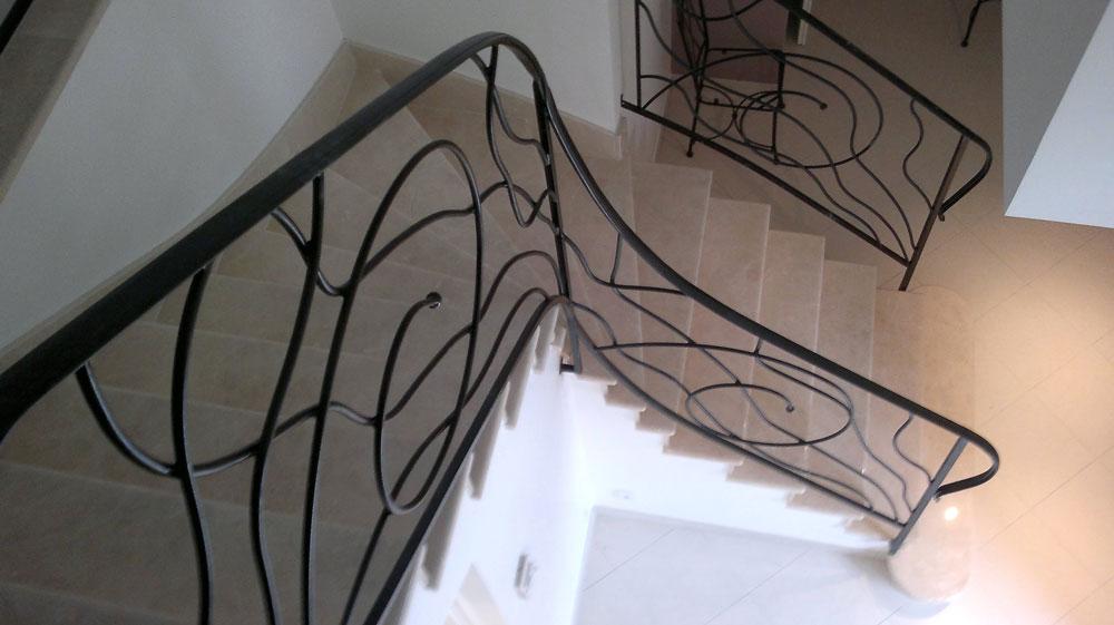 escalier-interieur-ferronerie-29012011022