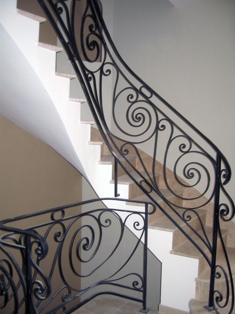 escalier-interieur-ferronerie-ferronnerie-perso-045